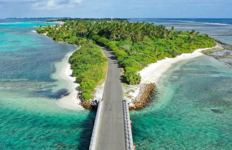 Hithadhoo-Island.jpg